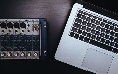 analog-apple-audio-1784.jpg